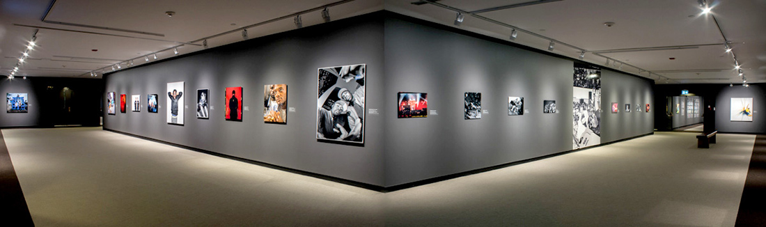 Everything Remains Raw: Photographing Hip Hop Culture from Analogue to Digital. Installation view, McMichael Canadian Art Collection, Kleinburg, 2018.